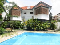 Gorgerous villa with fully amenities interfuse with airy garden and swimming pool in District 2