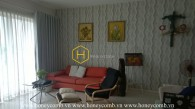 An artist apartment with warm hue interiors and lovely balcony in Estella