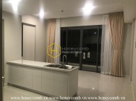Unfurnished and well-lit apartment in Masteri An Phu