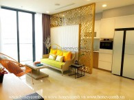 You will be fascinated with 3 bed-apartment that looks so bright and beautiful at Vinhomes Golden River
