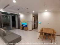 Simplified design apartment with full furniture in Vinhomes Central Park for rent