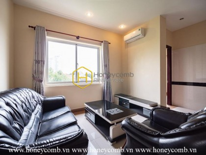 Classical serviced apartment with wooden interiors in District 2