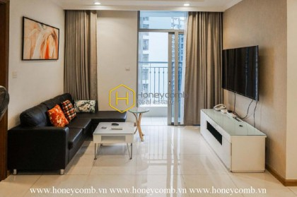 Try simplified style with this apartment for rent in Vinhomes Central Park