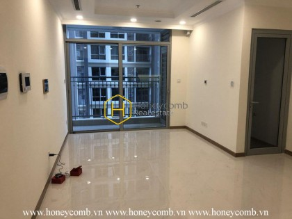 The unfurnished 2 bedrooms-apartment in Vinhomes Central Park for leasing