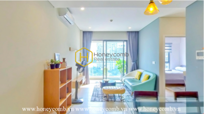 Lovely warm tone apartment with high-class interior in Diamond Island for lease