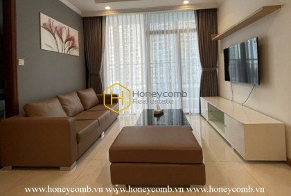 Visit one of the most beautiful and stunning apartment in Vinhomes Central Park