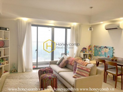 Cheap 3 bedroom apartment for rent in Masteri Thao Dien, river view