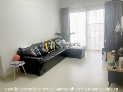 Warm vibe spreading over this Masteri Thao Dien apartment