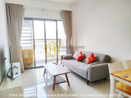 Be attracted by the gorgeous beauty of The Sun Avenue apartment
