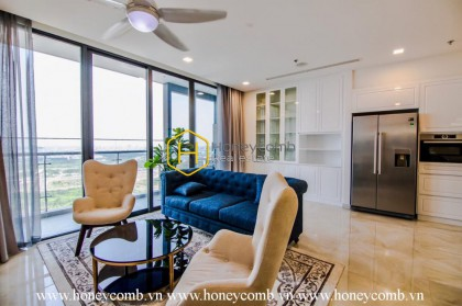 Beautiful apartment in Vinhomes Golden River makes all residents give their heart away