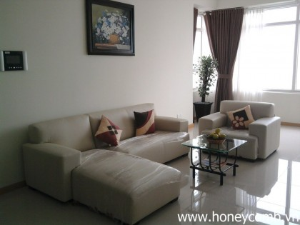 Saigon pearl 3 bedrooms apartment for rent