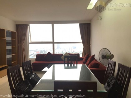 Three bedrooms apartment full furniture in Thao Dien Pearl for rent