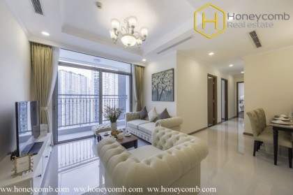 Beautiful floral decorated 3 bedrooms apartment in Vinhomes Central Park