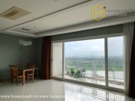 The 3 bedroom-apartment without furniture and extraordinary view from Xi Riverview Palace
