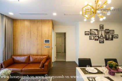All you need is this glamorous ,flashy 2 bed-apartment at Vinhomes Golden River