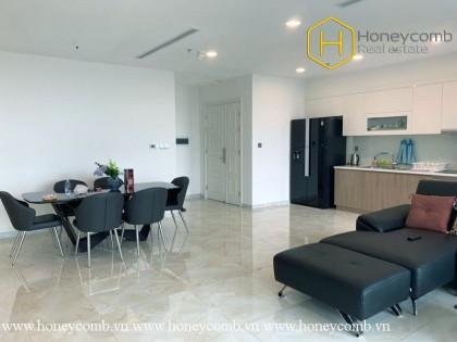 The 3 bed-apartment is simple but elegant and cozy at Vinhomes Golden River