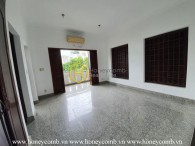 An extremely spacious villa with no furniture is waiting for you to decorate in District  2