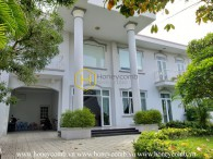 Comfy - Convenient - Western Style Villa for rent in District 2