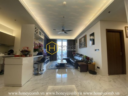 Elegance is the keyword to describe the stunning beauty of this apartment in Sala Sarica