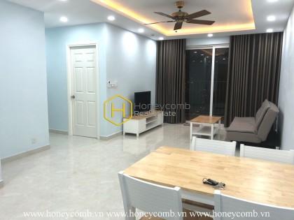 Well lit apartment with minimalist design in Vista Verde
