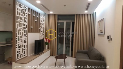 Basic and convenient furniture for your daily life - Vinhomes Central Park apartment for lease