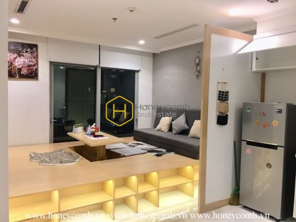 Simple Yet Attractive - This Vinhomes Central Park apartment awaits you