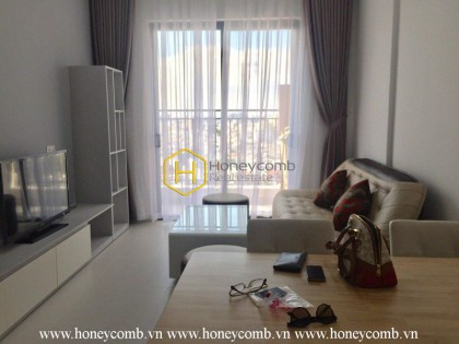 Cozy and cheerful 2 bedrooms apartment in Wilton Tower