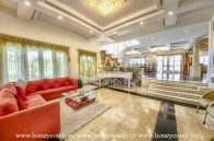 Luxurious Villa with classical design, spacious space and airy garden in District 2 for rent