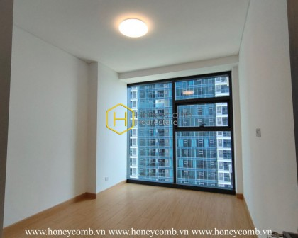 Apply your creativity in the unfurnished Sunwah Pearl apartment