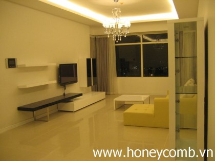Nice decoration 3 bedrooms apartment for rent in Saigon Pearl