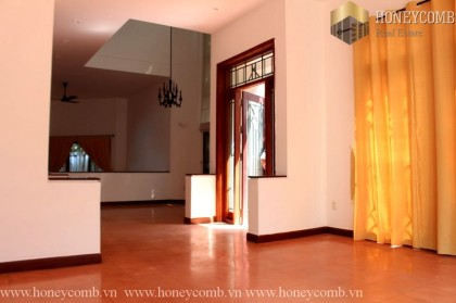 Three beds apartment unfurnished in Village An Phu for rent