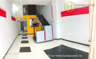 The colourful and attractive 2 bed house for lease at District 2
