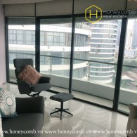The 4 bed-apartment with sun-filled space and elegant furniture at City Garden
