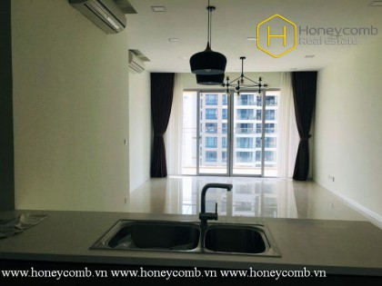 The unfurnished 3 bed-apartment is so spacious with breathtaking view at The Estella Heights