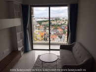 A 2-bedroom peaceful aparment in Masteri An Phu: simple but convinient
