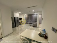 Enchanted by an airy spacious living space for rent, containing 2 bedrooms in Vinhome Golden River
