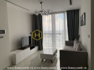 A 3-bedroom commodious apartment in Vinhomes Golden River is now for rent!