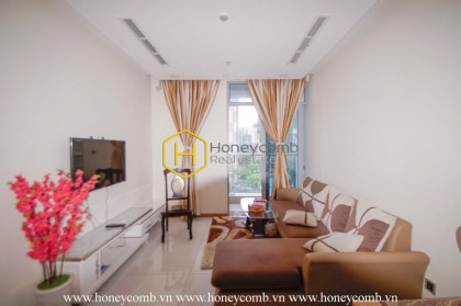 An exquisite apartment with aesthetic beauty in Vinhomes Central Park is now for rent!