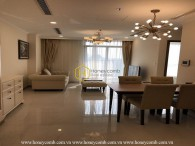Simple but luxurious apartment for lease in Vinhomes Central Park