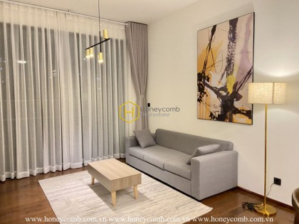 Come and take a look at your dream house: Stunning D'Edge apartment with delicate urban interiors