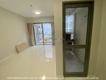 Enjoy a new life with this airy apartment for rent in Masteri An Phu