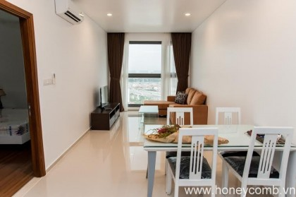Pearl Plaza 1 bedroom apartment for rent, good furniture