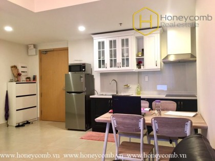 Good price 2 bedrooms apartment with nice view in Masteri Thao Dien