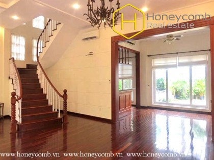 Villa Thao Dien 4 bedroom apartment with swimming pool