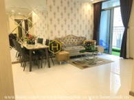 Carve out a great life with this royal style apartment in Vinhomes Central Park
