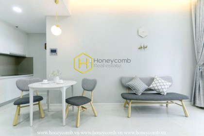 Beautiful in White - Unparalleled apartment with aesthetic design in Masteri An Phu