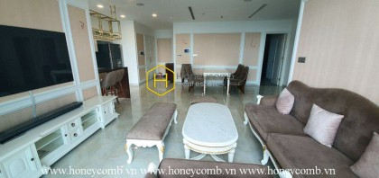 Feel the traquility in EVERY direction - Move into this upscale apartment in Vinhomes Golden River