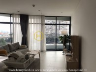 Can't resist the elegant design in this apartment for rent in City Garden