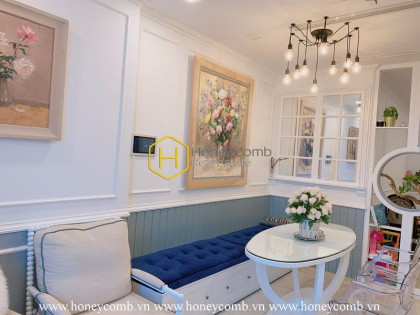 Admire the royal palace filled with flowers in Vinhomes Golden River apartment