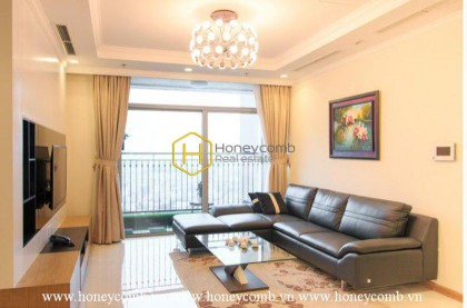 Homey with 4 bedrooms apartment in Vinhomes Central Park for rent